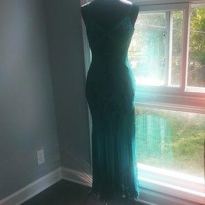 Papell boutique evening silk formal dress
